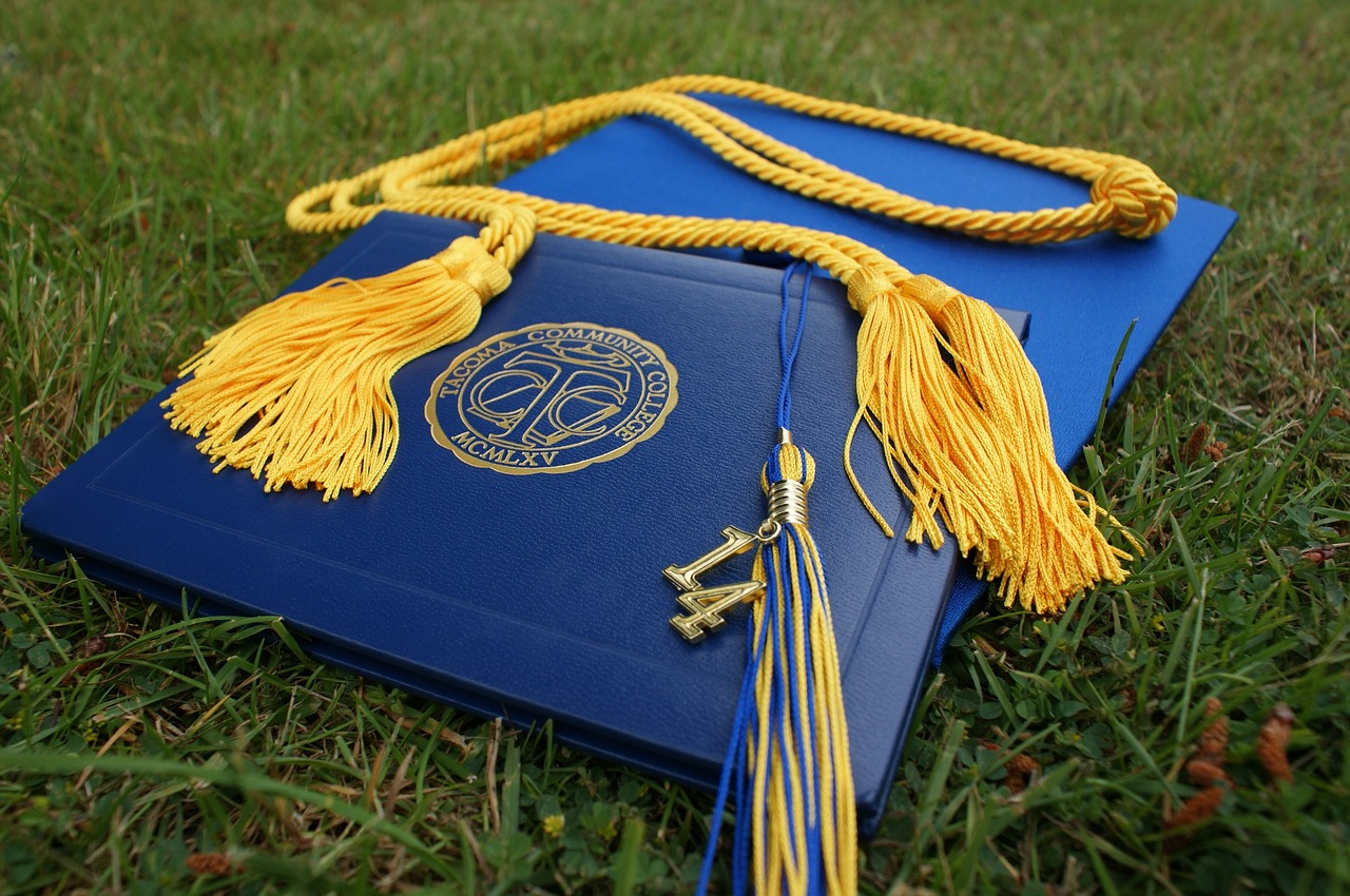 What If High School Diplomas Were Microcredentials and Experiences